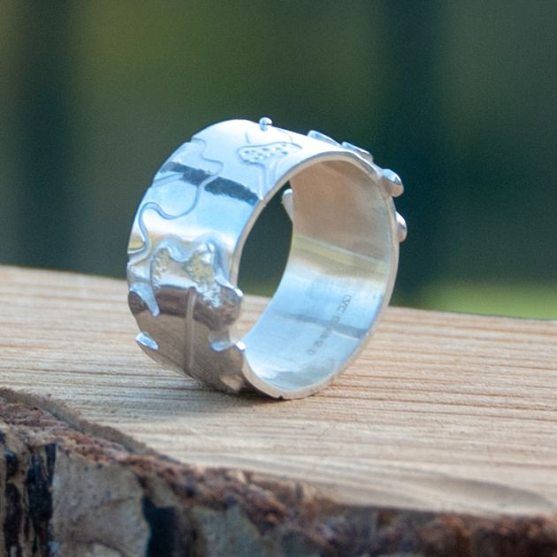 Oak and Acorn Ring